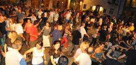 Mercoledì 7 agosto Danze tradizionali e popolaricon musica e animazione